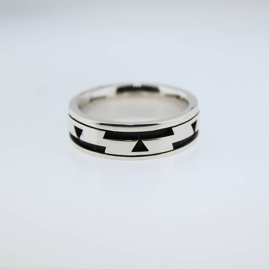 Wedding band  -  cast in a silver and palladium mix.