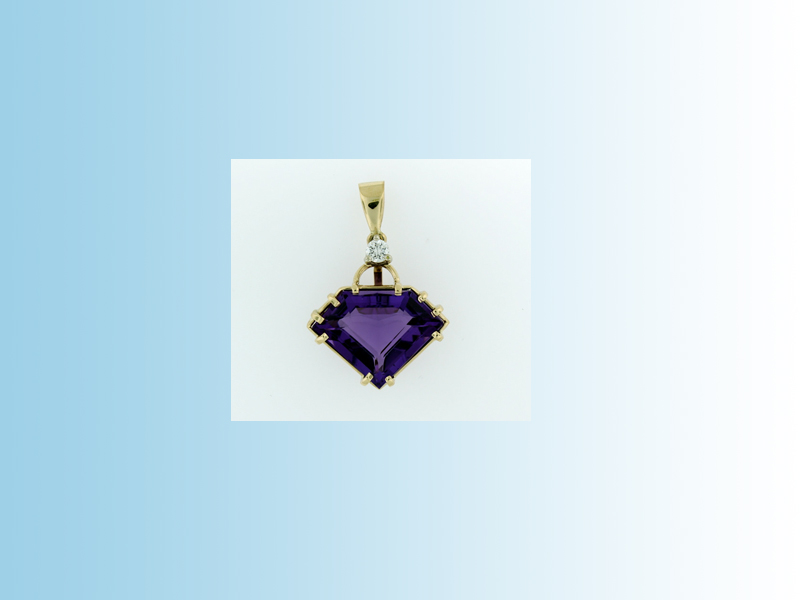 Amethyst Fantacy cut pendant - Hand creafter in 14K yellow gold and set with a 26ct natural Amethyst and a diamond in the bail, which has movement.